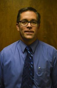 Dr Matt Merril is a Burley cataract surgery eye doctor